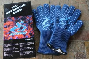 The campfire gloves from BlueFire unpacked